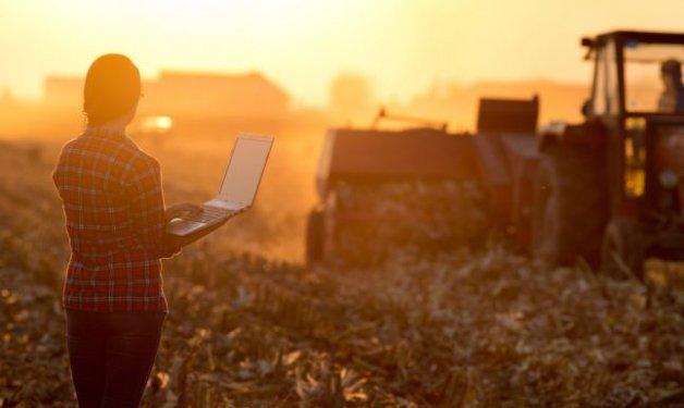 Jornada sobre «Nuevas Tecnologías Aplicadas a la Agricultura. Digitalización del Campo»